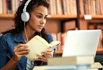 Course Bachelor Theology Online